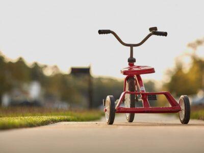 三輪車の画像